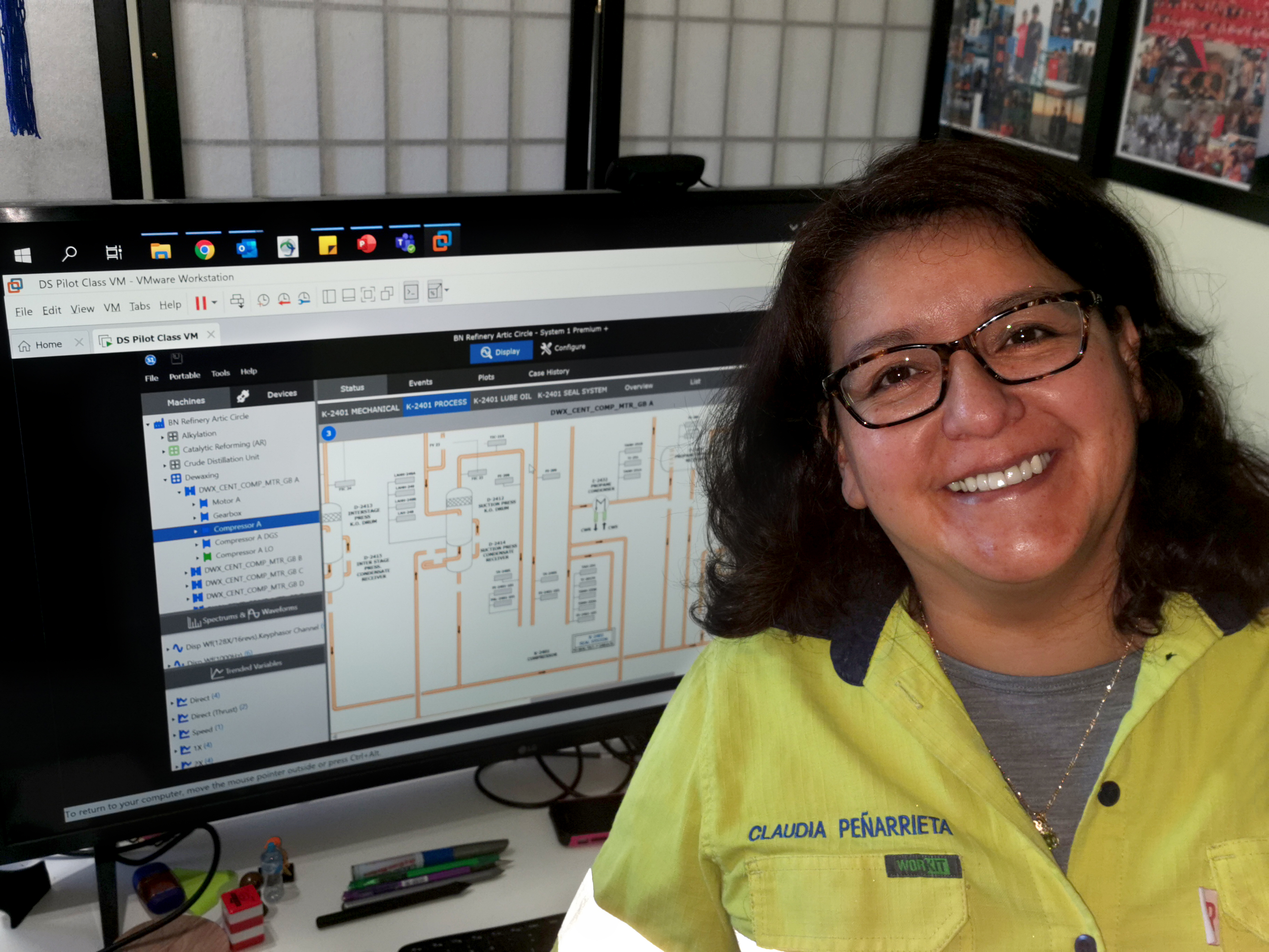 EF_Claudia at work_New