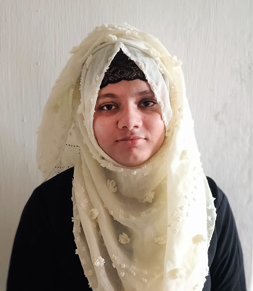 Aliya, a young woman who participated in Life Project for Youth virtual mentoring