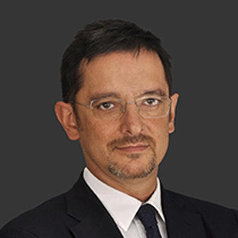 Roberto Casula entra in eni