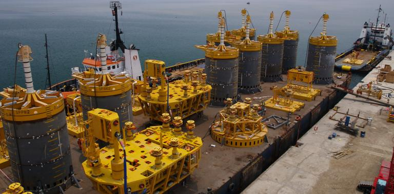 Subsea manifolds & pipeline products